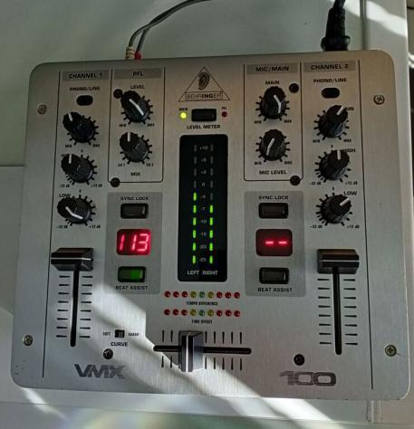 Mixer behringer vmx 100 usato