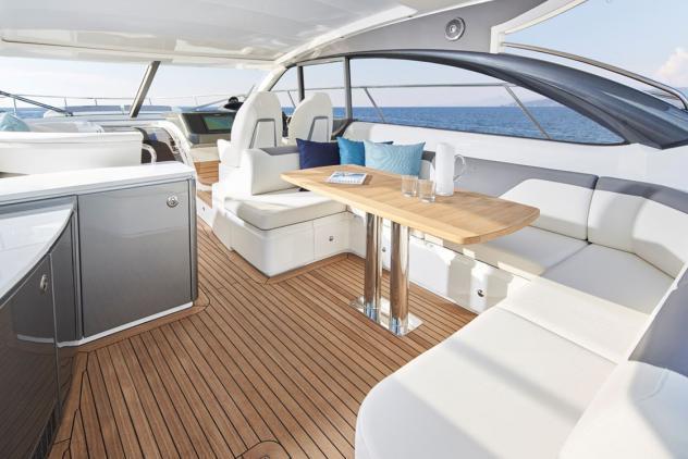 Barca a motorepricess v50 anno2004 lunghezza mt15