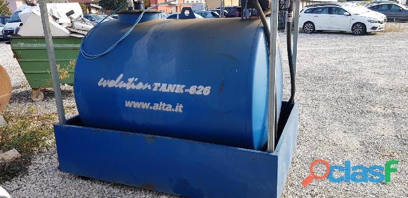 Varie attrezzature agricole Cisterna gasolio mobile 1