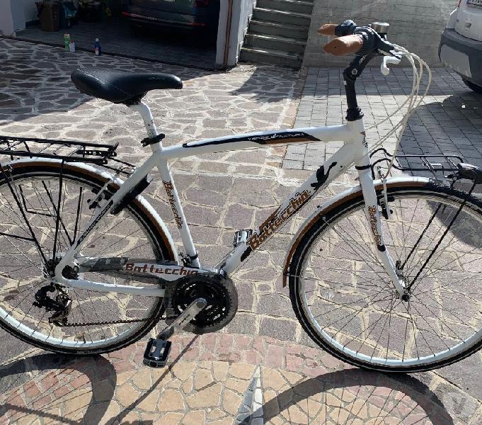 City bike bottecchia tg. 52 quattro castella - articoli sportivi e bicicletta in vendita