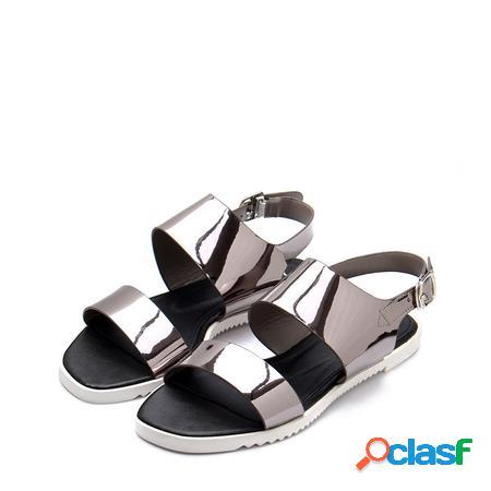 Yoins cinturino superiore in argento metallizzato su sandali piatti