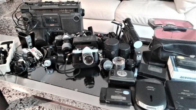 Macchine fotografiche, video, audio, in blocco. usato