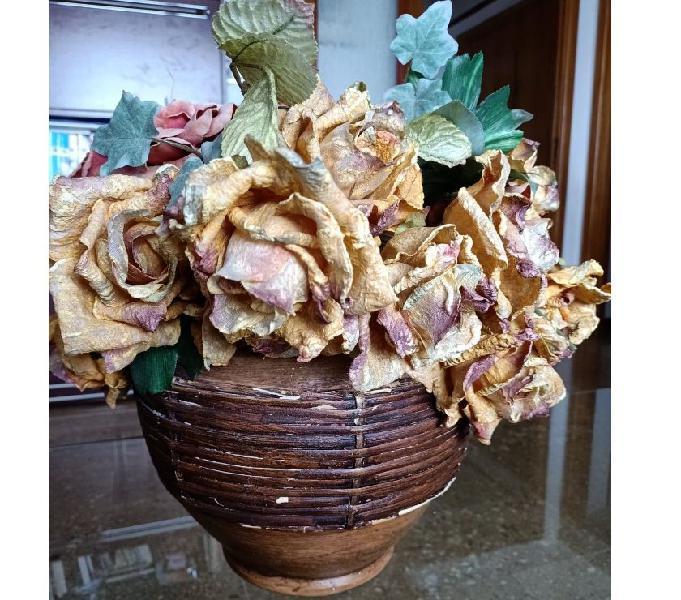 Vaso con fiori matera - casalinghi - articoli per casa e giardino