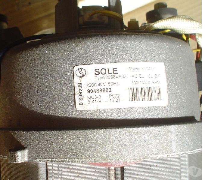 Motore lavatrice con dinamo tachimetrica in vendita sant'anastasia - vendita mobili usati