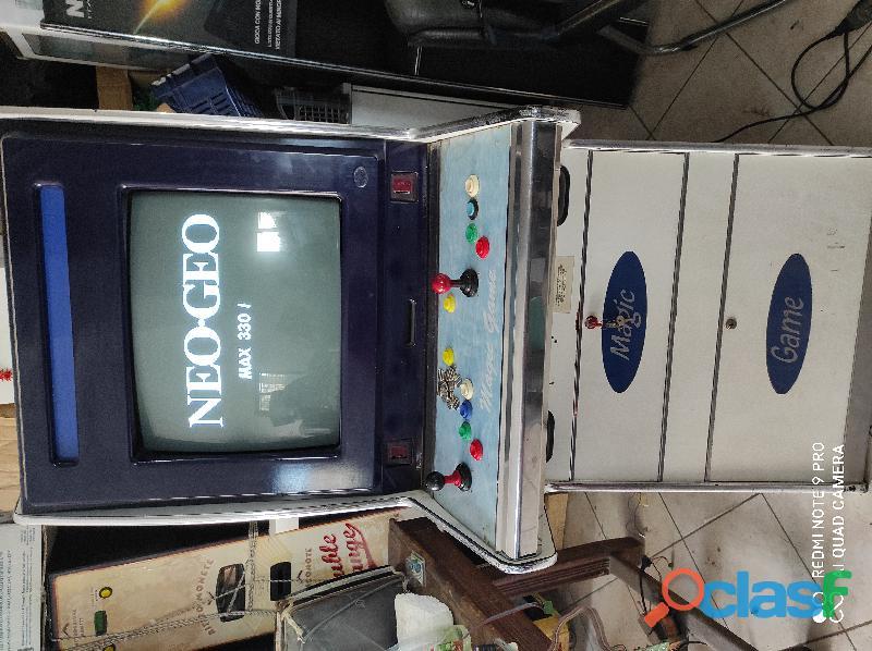 Videogiochi arcade lotta 1
