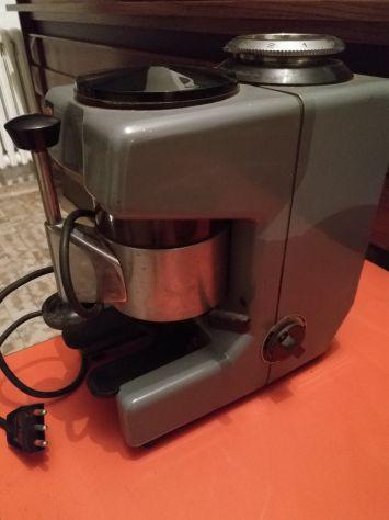 Macina caffè professionale