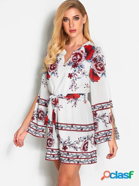 Yoins Tuta corta alla moda con maniche tagliate a fiori bianchi