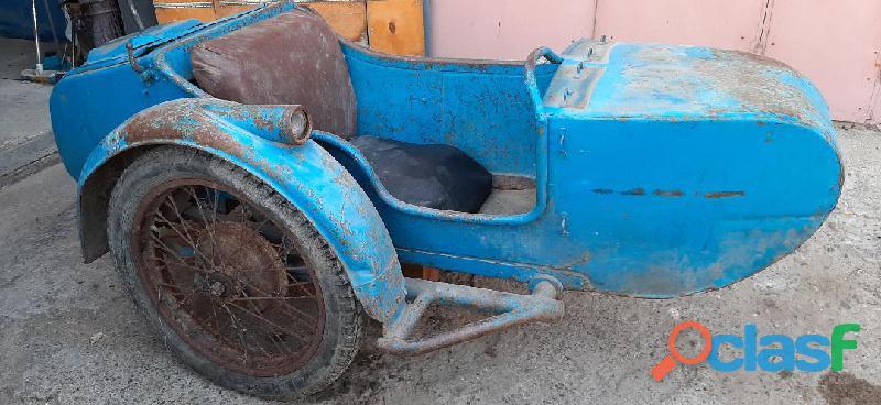 Carrozzino Sidecar M72 d'epoca
