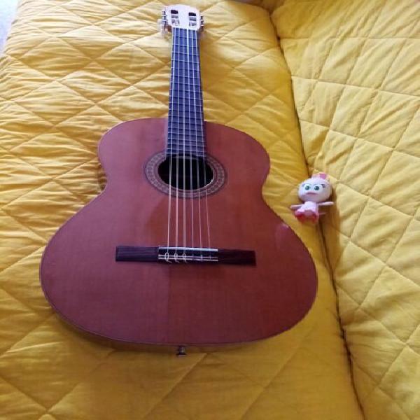 Chitarra classica spagnola