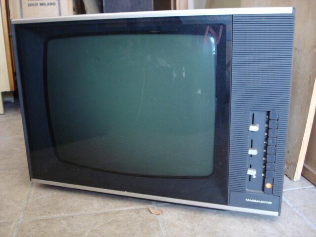 Tv b/n magnadyne imago 24p 1978