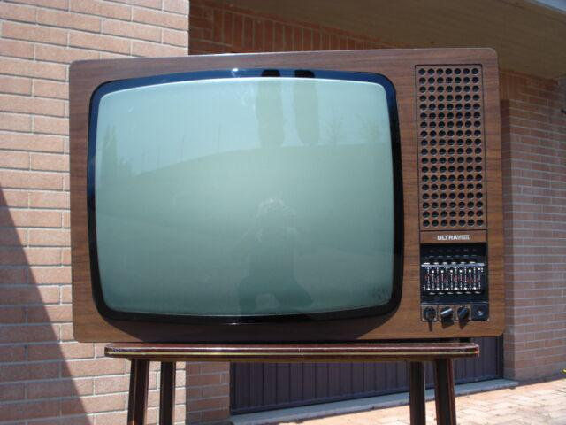 Tv b/n ultravox luxin 24 p