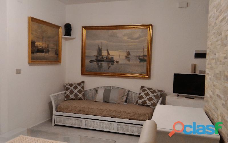Alghero appartamento a 200 m dal mare con pluri parcheggio privato