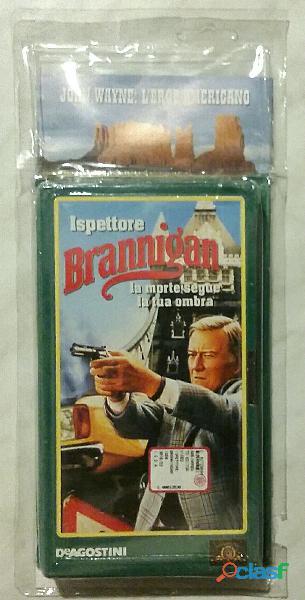 VHS Videocassetta John Wayne: Ispettore Brannigan La morte segue la tua ombra nuovo con cellophane