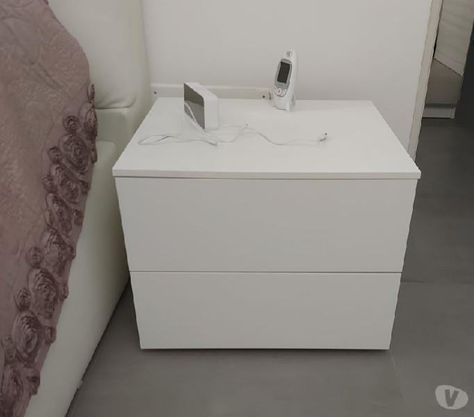 Letto matrimoniale contenitore e comodini. in vendita roma - vendita mobili usati