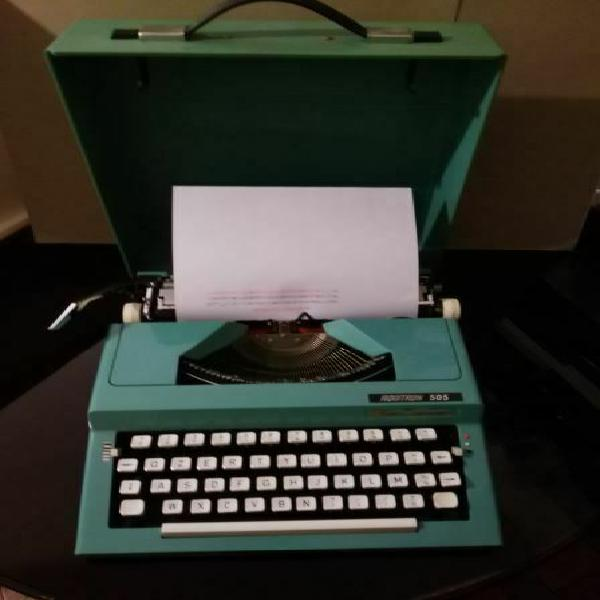 Vintage, macchina da scrivere portatile marca aquitron 505