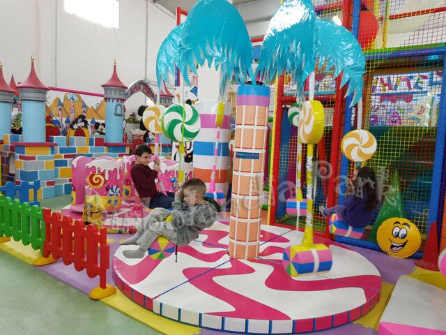 Giochi gonfiabili playground tappeti elastici trampolini