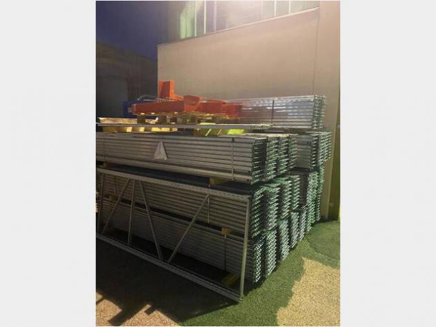 Scaffalature da magazzino usate
