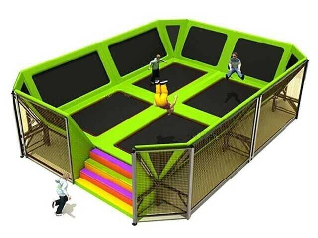 Giochi gonfiabili playground tappeti elastici gioco