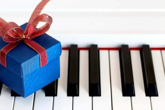 Lezioni di pianoforte classico, swing, moderno