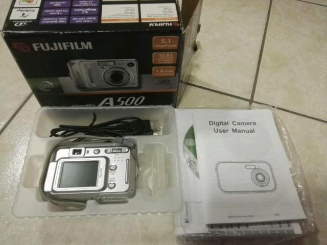 """Fujifilm finepix a500 digital camera 5,1 mp 1/2.5"""" ccd"""