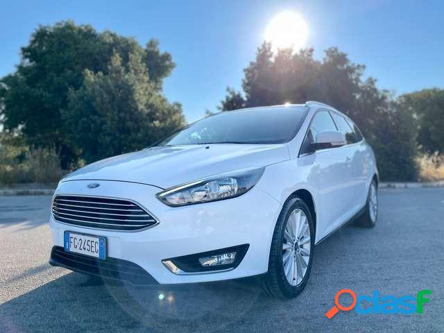 Ford focus diesel in vendita a san vito dei normanni (brindisi)