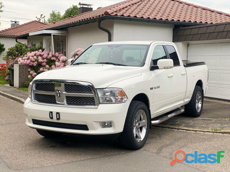 Dodge RAM 1500 5.7 Hemi Sport 4x4 LPG Crew Cab