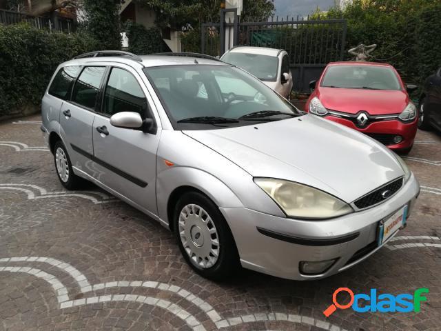 Ford focus station wagon diesel in vendita a angri (salerno)