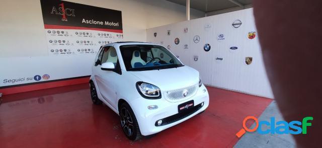 Smart fortwo cabrio benzina in vendita a giugliano in campania (napoli)