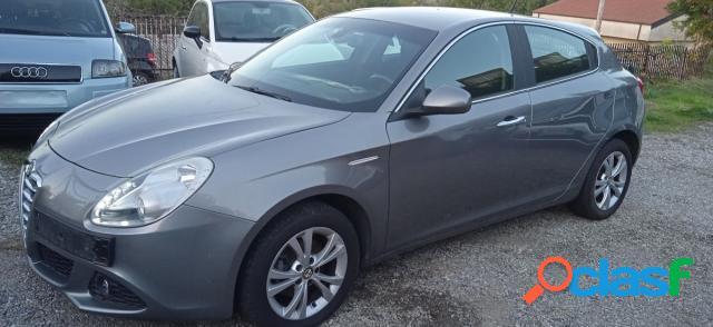 Alfa romeo giulietta diesel in vendita a castrolibero (cosenza)