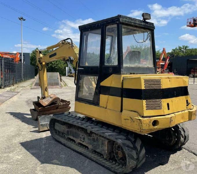 Kubota Mini Excavator 5 Tons Abruzzo - Vendita ricambi e accessori camion