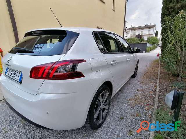 Peugeot 308 BlueHDi 130 S 3