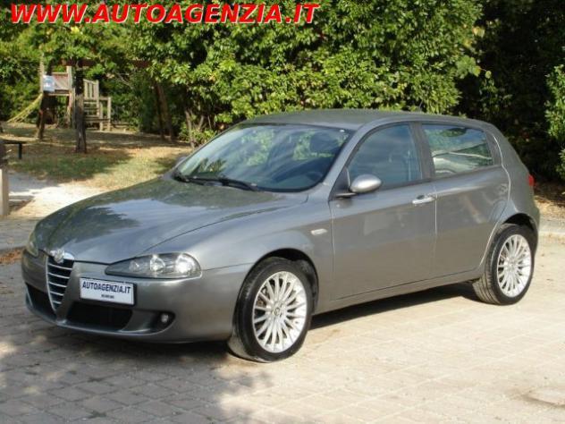 Alfa romeo 147 1.9 jtd m-jet 16v 5 porte dist. rif. 15256599