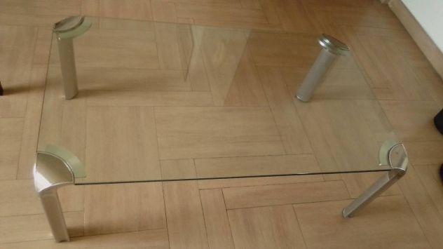 Tavolo da soggiorno in cristallo ed acciaio grigio
