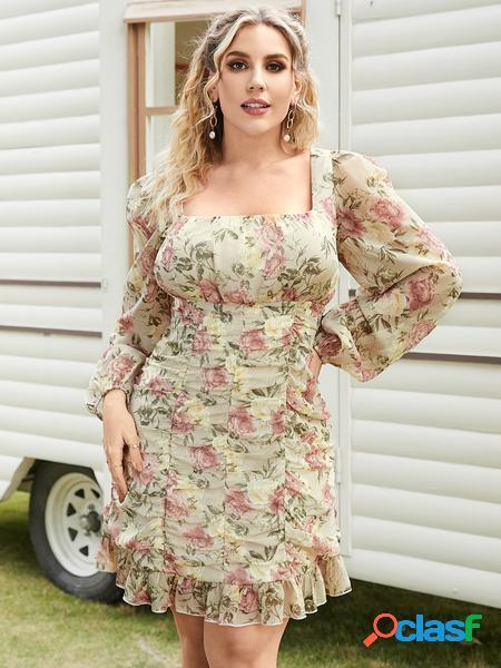 Yoins plus taglia quadrato collo mini abito a maniche lunghe con design a pieghe con stampa floreale