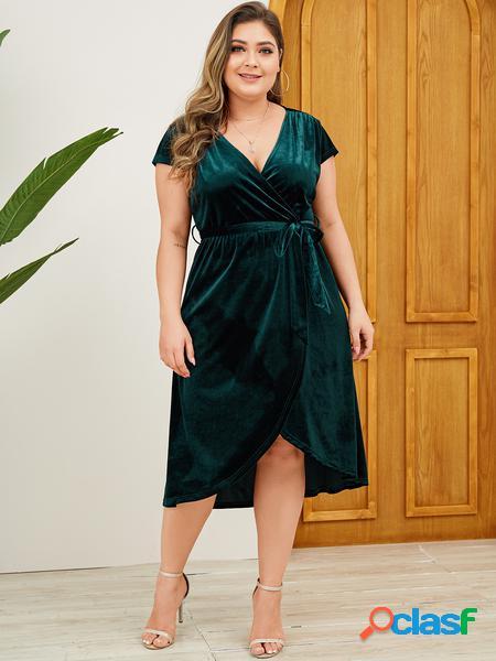 Yoins plus taglia verde velluto cintura abito scollo a v design design