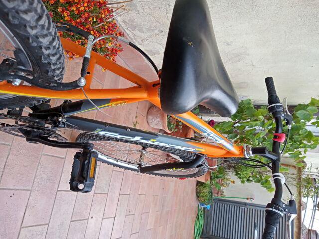 Bicicletta mtb misura 26