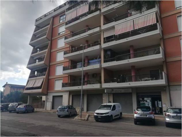 Appartamento v.le unita' d'italia mq160 su più livelli
