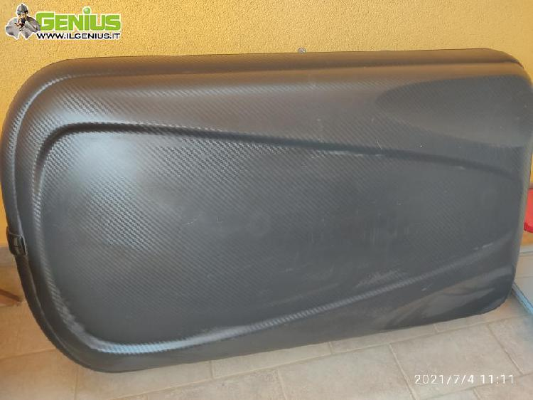 Box tetto auto usato una sola volta, misura circa 130 cm
