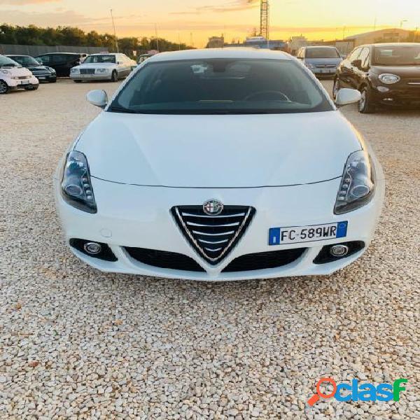 Alfa romeo giulietta diesel in vendita a andria (barletta-andria-trani)