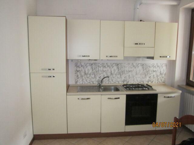 Cucina usata completa di elettrodomestici
