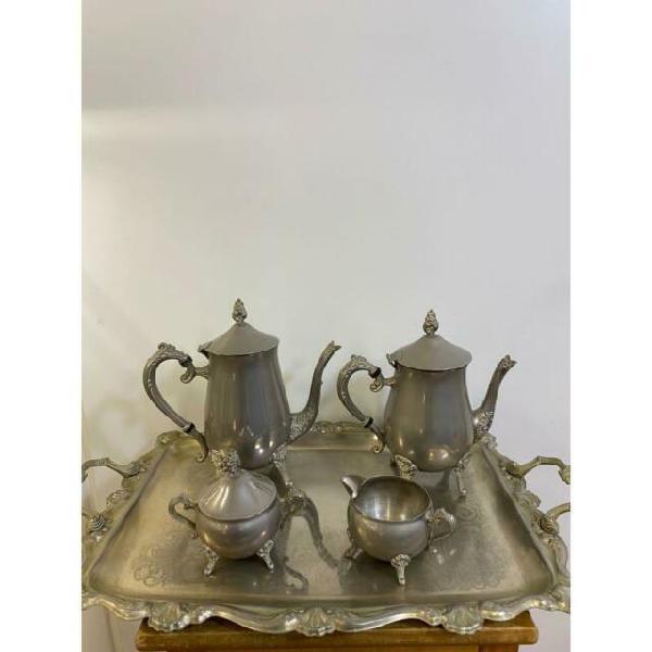 Servizi da caffe te con vassoio silver pz.4