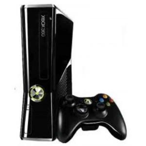 Console xbox 360 120gb + joypad + 2 giochi (usata)