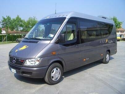 Mercedes 8 posti VIP