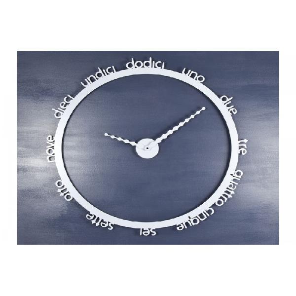 Orologio da parete hoop dalla linea essenziale