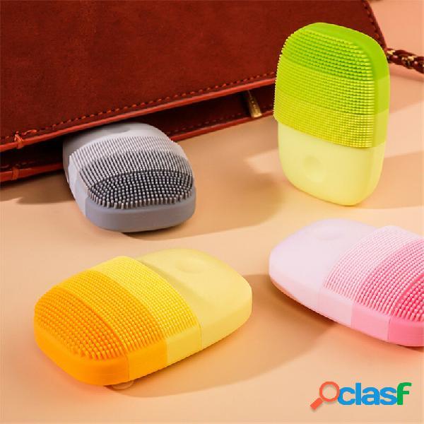 Pulizia viso profonda elettrica massaggio pennello lavaggio viso impermeabile sonico