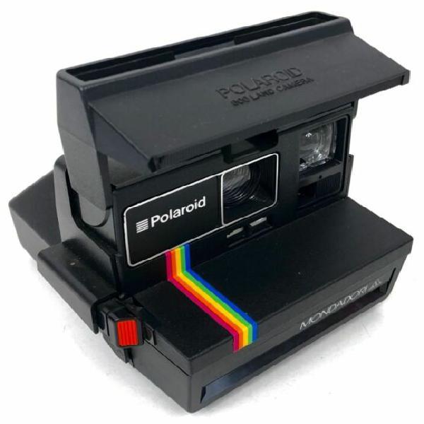 Macchina fotografica istantanea polaroid 600 land camera