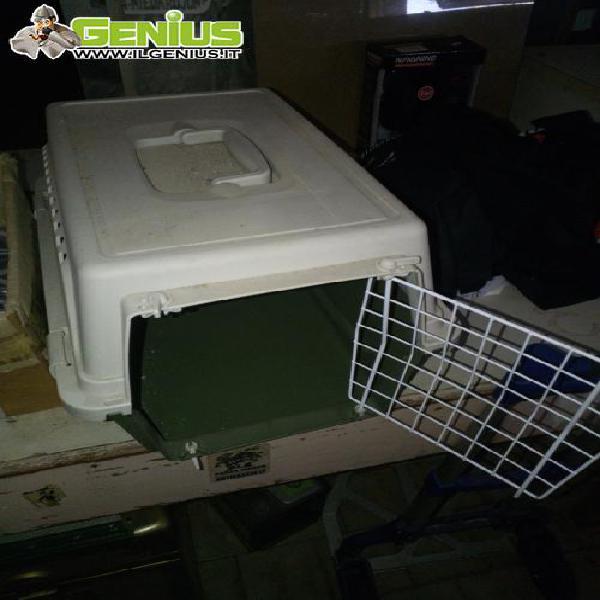 Trasportino per gatti o cani di piccola taglia, usato in