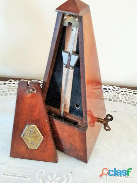 """ANTICO METRONOMO """"MAELZEL"""" . In legno, d'epoca fine dell'ottocento"""