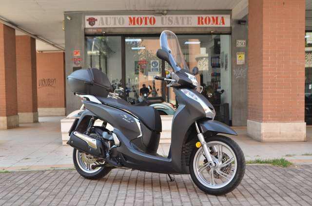 Honda sh 300 abs esp euro4