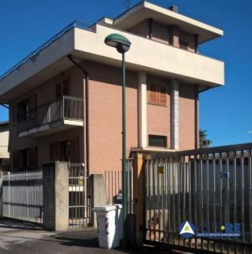 Villa in vendita a sesto…